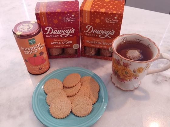 FreshMarketPumpkinSpiceTeaDisplay&Cookies2